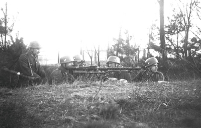 MG 34 na stanowisku bojowym.