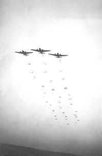 Desant niemickich wojsk spadchronowych.