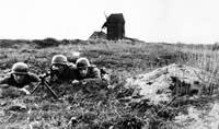 Front wschodni - żołnierze z niemieckiego pułku spadochronowego.