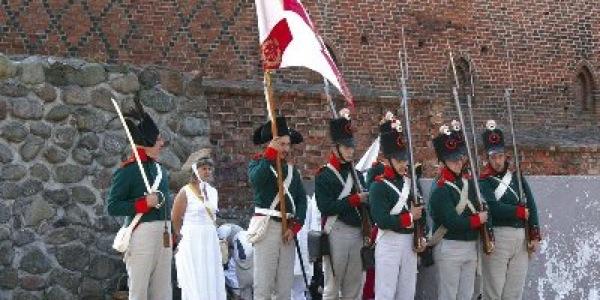 Inscenizacja bitwy napoleońskiej pod Heilsbergiem z 1807 r.