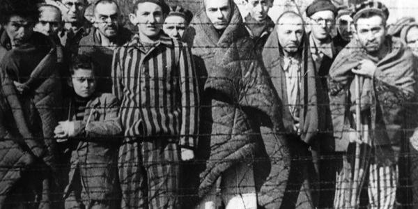 Członkowie Totenkopfverbände - jak wyprodukować zbrodniarza?