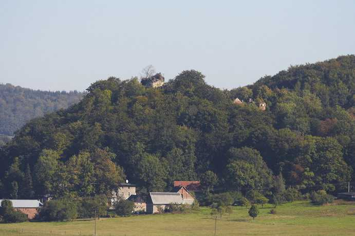 Płonina - zamek Niesytno